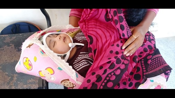 Davanagere Woman Write FDA Exam Along With Baby