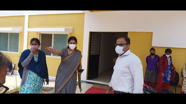 Mandya DC C.Ashwati Visited The Covid Care Centers