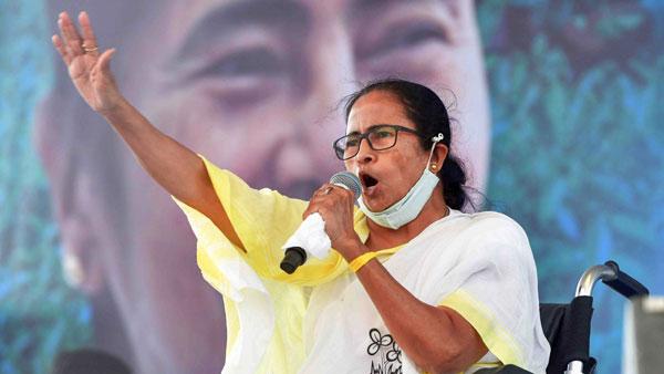 ಮಮತಾ ಬ್ಯಾನರ್ಜಿ ಫೋನ್ ಟ್ಯಾಪ್ ಆರೋಪ; ಚುನಾವಣಾ ಆಯೋಗಕ್ಕೆ ಟಿಎಂಸಿ ಪತ್ರ