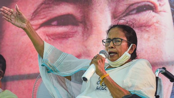 WB CM Mamata Banerjee Critisized Election Commission For Not Taking Any Action