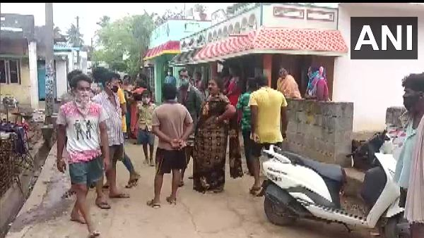 Man Kills Six Members Of Same Family In Andhra Pradesh