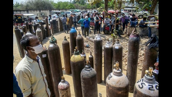 Chamarajanagar: Oxygen Cylinders Selling Illegally In Black Market?