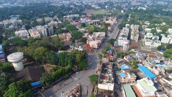 ಕರ್ನಾಟಕ; ಮೋದಿ ಸಭೆ ಬಳಿಕ ಹಲವು ಜಿಲ್ಲೆಯಲ್ಲಿ ಸಂಪೂರ್ಣ ಲಾಕ್ಡೌನ್