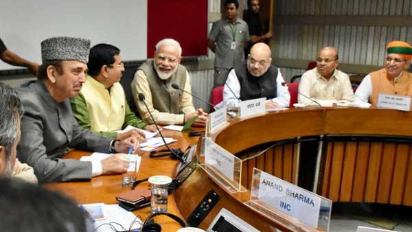 PM Modi Meeting With J-K Leaders Live : ಜಮ್ಮು-ಕಾಶ್ಮೀರದಲ್ಲಿ ಗರಿಗೆದರಿದ ರಾಜಕೀಯ