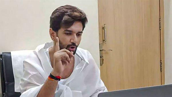 ದೆಹಲಿ ಹೈಕೋರ್ಟ್ನಲ್ಲಿ ಚಿರಾಗ್ ಪಾಸ್ವಾನ್ಗೆ ಹಿನ್ನೆಡೆ: ಅರ್ಜಿ ವಜಾ