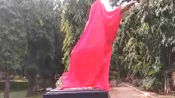 ಮೈಸೂರಿನಲ್ಲಿ ವಿಷ್ಣುವರ್ಧನ್ ಪ್ರತಿಮೆ ತೆರವುಗೊಳಿಸಿದ ಪೊಲೀಸರು: ಅಭಿಮಾನಿಗಳ ಆಕ್ರೋಶ