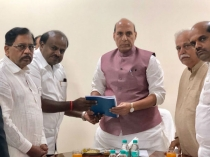 Cm Kumaraswamy Went To Delhi And Met Many Central Ministers