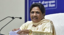 Big Shock To Mayawati 6 Mlas In Rajasthan Join Congress