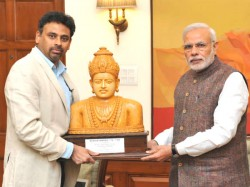 Modi Invited Unveil Statue Basavanna In London