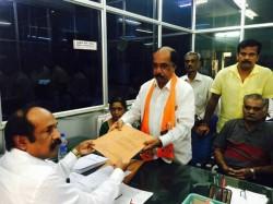 Bbmp Election 2015 Katte Satyanarayana Files Nomination