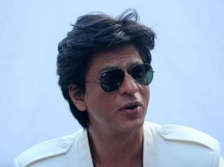 Shah Rukh Khan Saddened By The Death Of Fan Raees Promotion