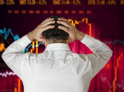 Mumbai Market Sinks To 14 Month Low As China Problems Weigh