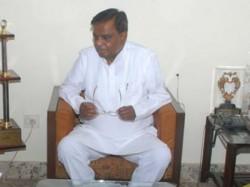 Qamarul Islam Met Siddaramaiah Srinivas Prasad Alone Dissident Group