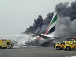 Emirates Flight Crash Lands Dubai Passengers Safe