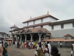 India Today Safaigiri Awards Dharmasthala Adjudged Cleanes Religious