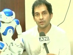 Coimbatore Engineer Designs Humanoid Robot Help People Banks