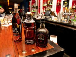 Kerala Government To Reopen Bars Three Four Star Hotels