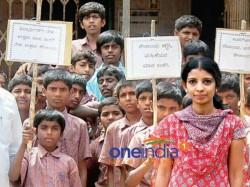 Mangaluru Girl Bhavya Quit Her Job To Build Toilets