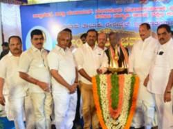 Morarji Desai Residential School Type Starting 300 New Residential Schools Anjaneya
