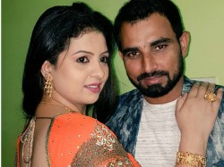 Mohammed Shami Posts Picture With Wife Hasin Jahan Wishes Everyone A Happy New Year
