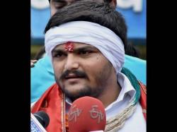 Rumors Are Over Hardik Patel Will Be The Face Of Shiv Sena Gujarat Election
