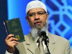 Islamic Preacher Zakir Says He Is An Nri Not Received Any Notice By Ed