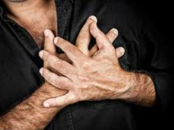 Father Dies By Heart Attack On Son S Wedding