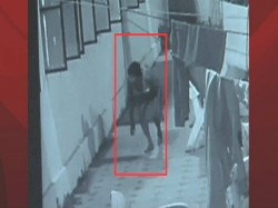 Psycho Person Entered Maharani Collage Womens Hostel Bengaluru