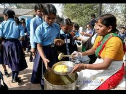 No Mid Day Meal Jharkhand 9 Year Old Hunts Rats Squirrels For Lunch