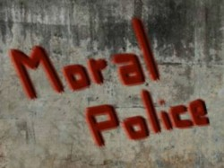 Moral Policing In Kochi Couples Thrashed On Women S Day