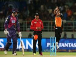 Sohail Tanvir Bhuvneshwar Kumar Meet The Purple Cap Winners Till Ipl