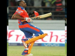 Ipl 2017 Injured Dwayne Bravo Ruled Out Of The Tournament