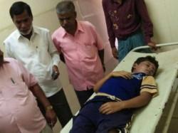 Heavy Rain In Chamarajanagar Takes Two Mens Lives