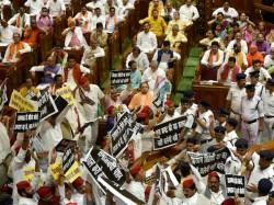 Sp Mlas Misbehaves In 17th Uttar Pradesh Assembly In Lucknow