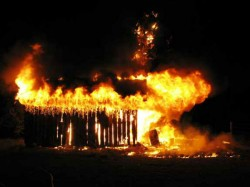 Huts Get Destroyed At Udupi Due To Fire Catch Up