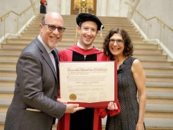Facebook Ceo Mark Zuckerberg Finally Graduates 12 Years After Quitting Harvard