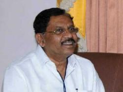 Kpcc President Parameshwara Meets Adichunchangiri Seer