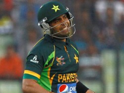 Icc Champions Trophy Umar Akmal Removed From Pakistan Squad