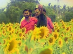 How Selfie Craze Helps This Farmer In Chamarajanagar