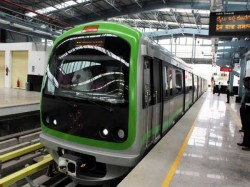 Day 1 47 000 People 1000 Smart Cards Speciality Of Namma Metro Bengaluru