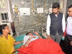 Dengue Fever Pratap Simha Visits Kr Hospital