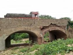 Century Old Bridge On Gundlupete Chamarajnagar Road Is In Decrepit Condition