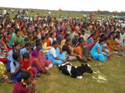 Farmers Protest Against Releasing Of Cauvery Water To Tn Is Still Continuing In Mandya And Mysuru