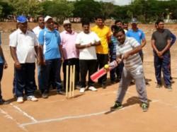 Channarayapatana Cricket Tournament As The Part Of Press Day