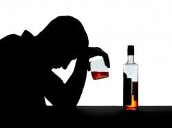Azamgarh Illicit Liquor Incident Toll Rises To 18 Dm Orders Magisterial Enquiry