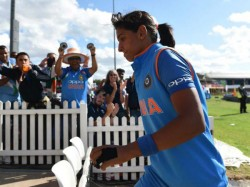 Injury Worries Harmanpreet Kaur Ahead Of Final Against England