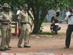 Barke Police Officials Investigates Mangaluru Central Jail Over Blasting Party