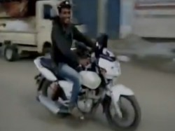 Drunk Man Attempts To Run Away With Police Bike In Hassan