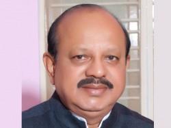 No Legal Hurdle To Have Karnataka Flag Tb Jayachandra