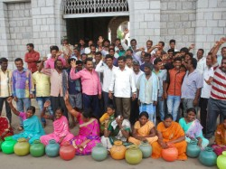 Mandya People Protest Against Releasing Of Cauvery Water To Tamil Nadu